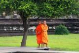 4236 Two monks Angkor.jpg