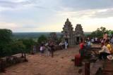 4386 Top of Phnom Bakheng.jpg