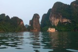 2287 Halong Bay twilight.jpg