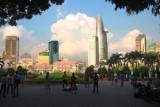 3479 Park at Duang Le Loi.jpg