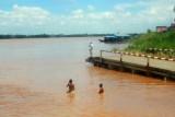 3519 Mekong Neak Luong.jpg