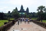 3884 Angkor Wat morning.jpg