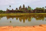 4266 Angkor Wat in sunshine.jpg