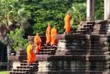 4349 Monks entering Angkor Wat.jpg