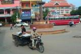 4446 Roundabout Siem Reap.jpg