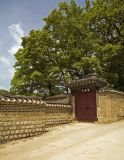 A gate around the Garden
