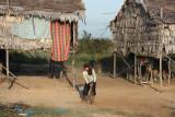 On the way to Tonle Sap lake >>>