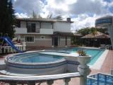 057_ chimenea_jacuzzi_turco_y_piscina