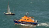 RNLB Roger and Joy Freeman  (RNLI) giving assistance to the Yacht Slocum