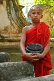 Mandalay monk 2.jpg
