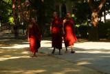Three monks at Maha Ganayon.jpg