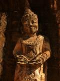 Queen statue Hpo.jpg