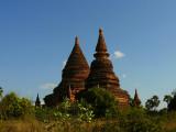 Two smaller stupas Bagan.jpg