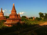 Dirt road Bagan.jpg