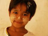 Beautiful girl Bagan.jpg