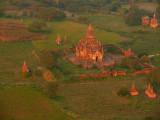 Balloons over Bagan 6.jpg