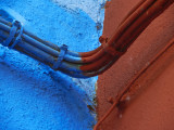 Red and blue cable.jpg