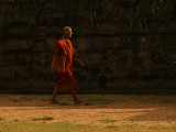 Monk in Angkor Thom.jpg