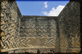 mitla walls