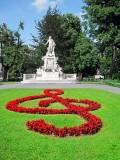 Vienna Burggarten - Mozart Statue