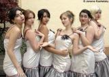 Tara, Sarah, Alisa, Sonia, Celeste, Alex