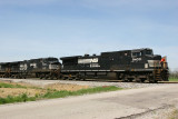 NS 9400 435 Boonville IN 25 Apr 2009