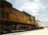 EX-C&NW Engine 6723 at Galt, Illinois May 2005.jpg