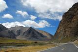 Kalurong Qu Valley between Nangartse and the Karo-la Pass