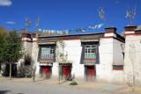 Tibetan old town of Gyantse along Pelkor Road