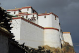 The Shigatse Dzong has been reconstructed, though not yet open to tourists