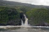Pu'ukukae Falls, Mailiilihaele Stream on the left, Kailua Stream on the right (N20.899/E156.205)