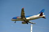 British Midlands (bmi) Airbus A319 (G-DBCB) landing at LHR