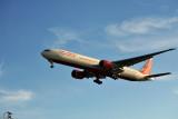 Air India Boeing 777-300ER (VT-ALL) landing at LHR