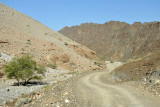 A short unpaved section of road south of Jabal Ghul