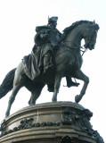 Philadelphia's Washington Monument was designed by Rudolf Siemering