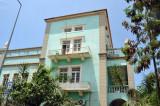 Fading colonial building, Rua Maj. Kanhangulo, downtown Luanda