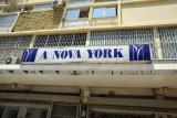 A Nova York, Luanda