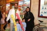 Iranian family out in Isfahan for No Ruz