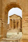 Temple of Minerva seen through the Arch of Antonius Pius