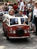 Het kleinste taxibusje ooit - aankomst