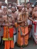 HH Thirukurungudi and Vanamamalai Jeeyar swamy in the Mangalasasana gosthi3.jpg