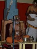 Vmalai jeeyar swamy delivering his mangalasasanams.jpg