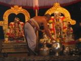 bhattar performs aradhanai.JPG