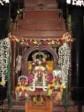 Perumal in Asthanam with Ponnadiyam Sengamalam(Mamunigal Divya Paadukai).jpg