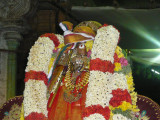 Swami Maamunigal with Varadan Bahumaanam.JPG