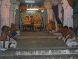 Emperuman enjoys divyaprabandam with Alwar, Acharyan and Thayar.jpg
