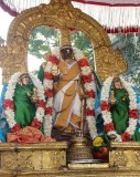 Parthasarathi on his way to Peyazhvar sannadhi.jpg