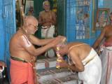 HH honouring kainkarya parars.jpg