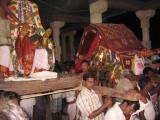 thirunagar vayalali maNALan with Ali nADan.jpg