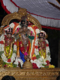 Purappadu Azhagiya singar closeup2.jpg
